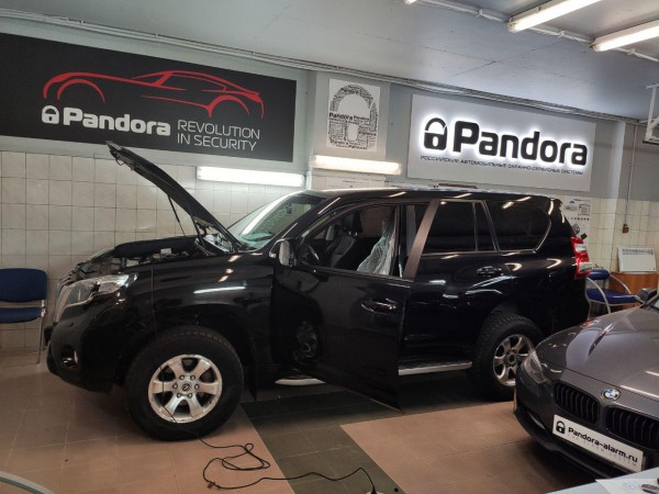Toyota Land Cruiser Prado установка Pandect X-3190